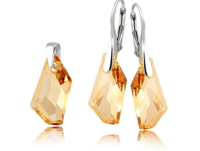 LightUp®Paweł Królikiewicz, zdjęcia biżuterii, packshot, jubilerstwo, biżuteria, lightup, zdjęcia dla jubilerów, zdjęcia kolczyków