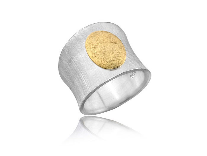 zdjęcia biżuterii, packshot, jubilerstwo, biżuteria, lightup, zdjęcia dla jubilerów, pierścionek srebrny, zdjęcie pierścionka srebrnego, zdjęcie pierścionka
