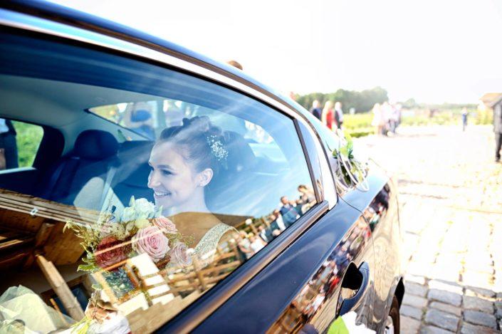 Zdjęcia slubne, fotografia ślubna, plener ślubny, sesja ślubna, wedding, lightup, fotograf, na ślub, inspiracje ślubne, panna młoda, ślub, sesja ślubna, fotograf ślubny Poznań