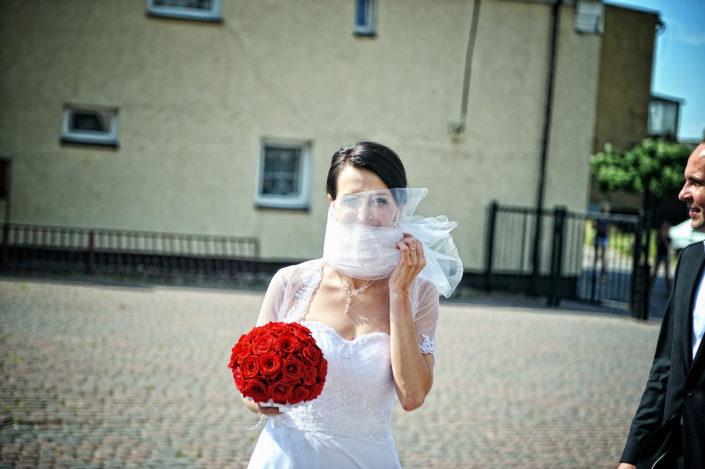Zdjęcia slubne, fotografia ślubna, plener ślubny, przygotowania, sesja ślubna, wedding, lightup, fotograf, na ślub, inspiracje ślubne, panna młoda, ślub, panna młoda