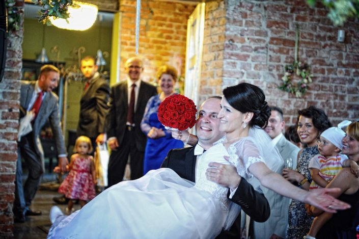 Zdjęcia slubne, fotografia ślubna, plener ślubny, przygotowania, sesja ślubna, wedding, lightup, fotograf, na ślub, inspiracje ślubne, panna młoda, ślub, wesele