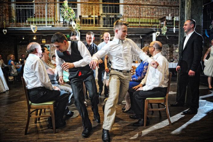 Zdjęcia slubne, fotografia ślubna, plener ślubny, przygotowania, sesja ślubna, wedding, lightup, fotograf, na ślub, inspiracje ślubne, panna młoda, ślub, wesele, polskie wesele