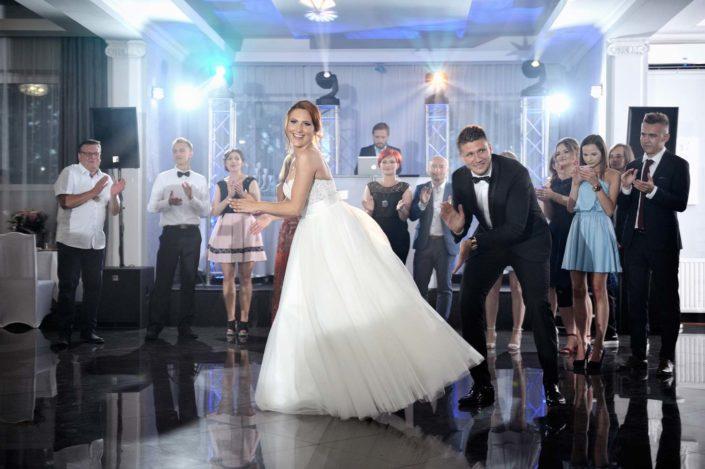 Zdjęcia slubne, fotografia ślubna, plener ślubny, przygotowania, sesja ślubna, wedding, lightup, fotograf, na ślub, inspiracje ślubne, panna młoda, ślub, pierwszy taniec